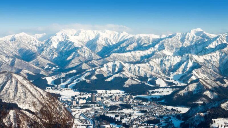 winter-season-yuzawa-niigata-prefecture-japan